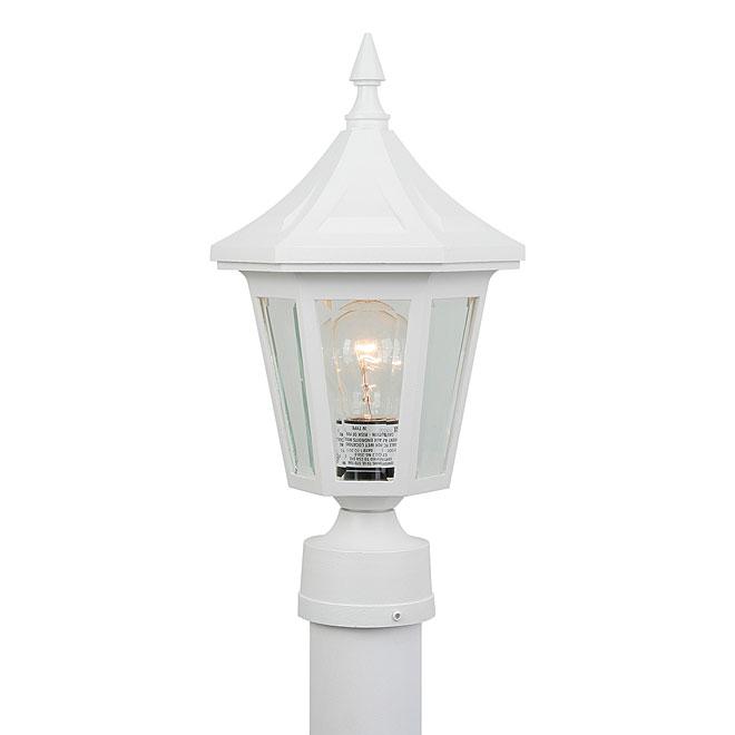 Vintage lanterne de poteau elegant r no d p t for Poteau eclairage exterieur
